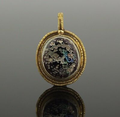 LOVELY ANCIENT ROMAN GOLD PENDANT - 2nd Century AD