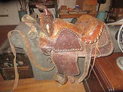 Antique Saddle from Maker in Fort Smith, Arkansas    Must see!