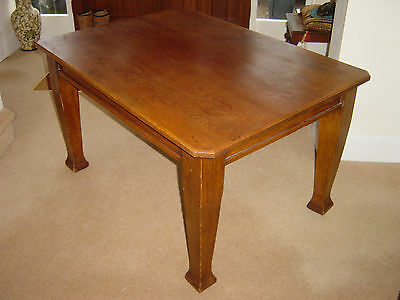 Antique Kitchen Table Solid Oak Arts and Crafts not Hand Crank Table 4ft x 3ft