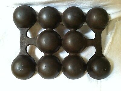 Erie Griswold Cast Iron Vintage brownie cake pan baking pan 10 cups 947B Rare