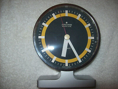 Junghans electronic ATO-MAT Tischuhr