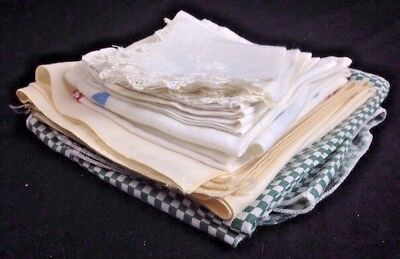 Vintage lot of 18 Linen Napkins, Cut Out Embroidery Misc LQQk! Lot 2G