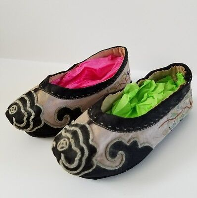 "Antique Child's Chinese Silk Embroidered Hand Made Slippers Shoes 9"" Sole"