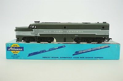 HO Scale Athearn NYC New York Central PA-1 Diesel Locomotive #4211 Model Train