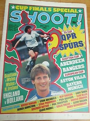 Shoot Magazine 1982 - QPR v SPURS - FA Cup final 1982 - 29th May 1982