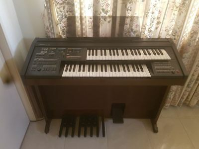 electric organ with cover