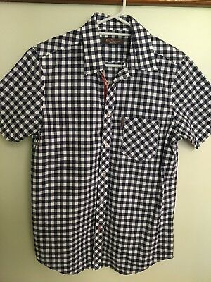 BEN SHERMAN MEN'S BLUE/WHITE CHECKED SHORT SLEEVED SHIRT *Size Small *VG Cond.