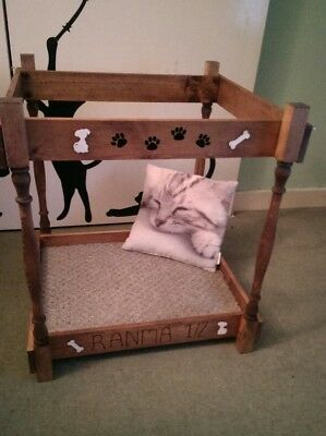 Dog/Cat Bed 4 Poster Style single/double bunk