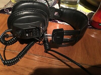 Philips EM-6146 Headphones, Over Ear Black Vintage monitors recording closed
