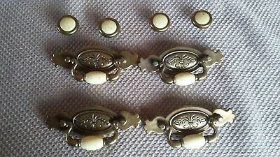Lot of 4 vintage style drawer pull handles and 4 knobs