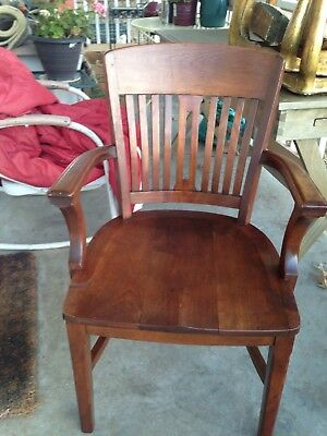 One Nice Art Deco Antique Vintage Attorney Courthouse Office Wood Arm Chair.