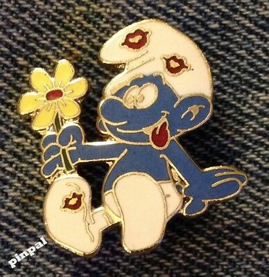 Smurf Brooch Pin~with Flower & Kisses~1980 Vintage Cloisonne~by Peyo~NOS