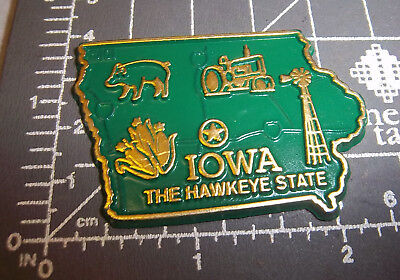 Iowa state shaped rubber fridge style magnet, great collectors item, Windmill