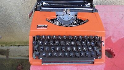 machine à écrire Brother de luxe 210 orange portable vintage typewriter