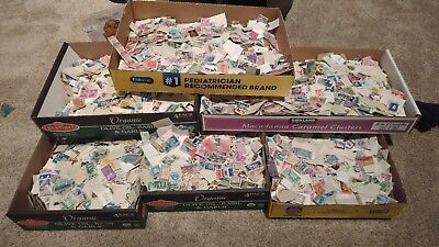 300+ Pieces Of Used US postage Stamps Off Paper Lots Of Variety 10% OFF