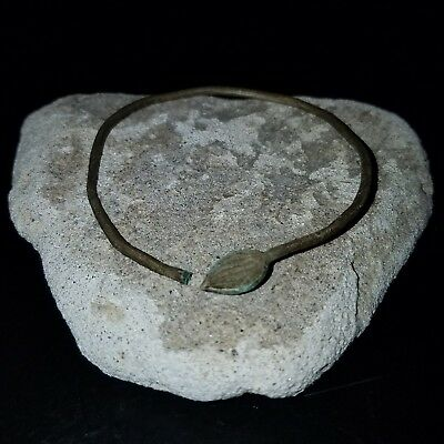 Rare Ancient Roman/Celtic Silver Bangle 100BC Leaf Design