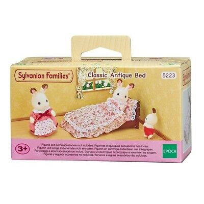 EPOCH Sylvanian Families Classic Antique Bed 5223