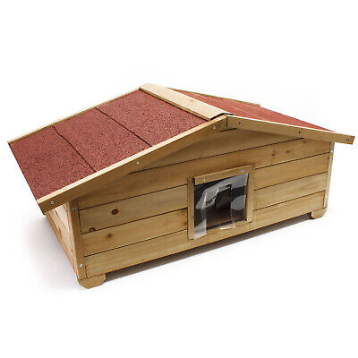 Big full isulated wooden cathouse outdoor weather-proof cottage