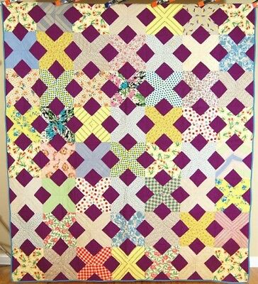 "VIBRANT Vintage 40's Lattice ""Old Italian Block"" Antique Quilt ~CHEERY FABRICS!"