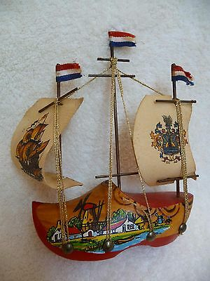 VINTAGE Holland Dutch Wooden Shoe Ship SOUVENIR CLOG SAIL BOAT - Hand Painted