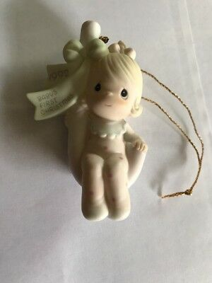 Precious Moments~ORNAMENT~Babys First Christmas~Dated 1992~girl~527475~CandyCane