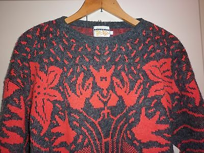 VINTAGE 1980s LARGE MENS FUNKY JUMPER EXCELLENT CONDITION