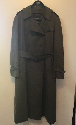 Ladies Vintage (1970's)  Burberry Green Trench Coat/Mac With Wool Lining Size M