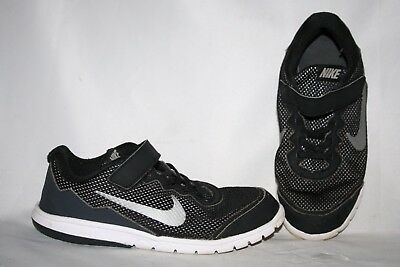 Nike Girls Sneakers Size 2.5 Y Youth Black Tennis Shoes No Laces Boys