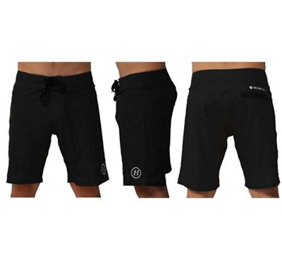 The Mad Hueys Essential Boardshort Washed Black