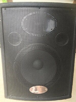speakers behringer eurolive  S   1220