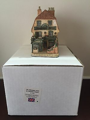 The Montague Arms Malcolm Cooper Figurine 1985 Signed by Artist on 4/1989 Boxed!