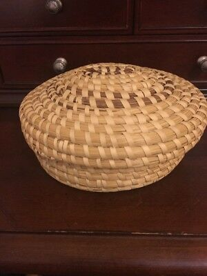 GENUINE PAPAGO Tribe  American Indian Basket With Lid