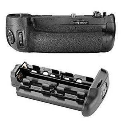 Neewer Battery Grip Pack Replacement for Nikon MB-D16 compatible with EN-EL15 Ba