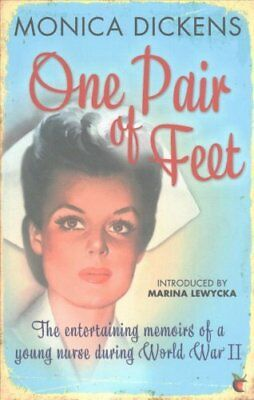 One Pair of Feet The Entertaining Memoirs of a Young Nurse Duri... 9781844089086