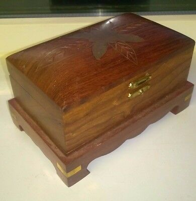 1 x DARK WOODEN TRINKET BOX WITH BRASS INLAID TOP
