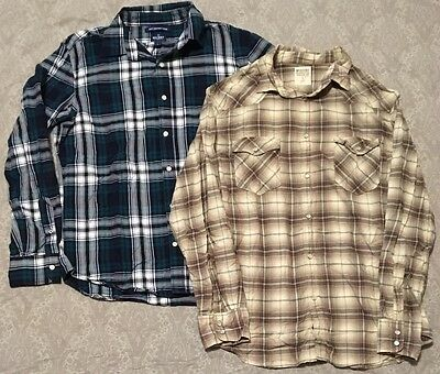 Old Navy Mossimo Lot Of 2 Men's Button Up Plaid Shirts Size Large Blue Tan EUC