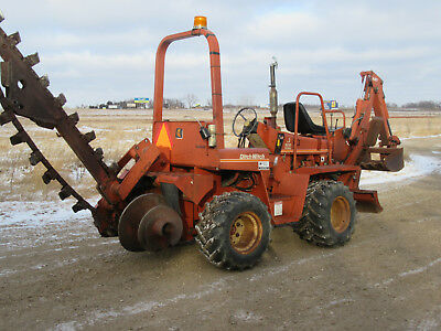 Ditch Witch 3210 Diesel Trencher Backhoe  Backfill Blade 4x4x4