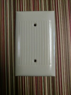 1 Blank Vtg Sierra Ivory Bakelite Ribbed Blank Plate Cover Excellent Condition