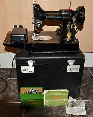A Singer 222k Featherweight Sewing Machine in Box with Loads of Accessories 1954