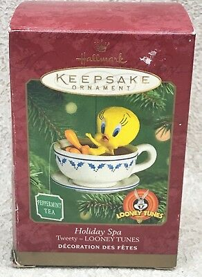Hallmark Looney Tunes Holiday Spa Keepsake Ornament w/Box 2000 Tea Cup Soak