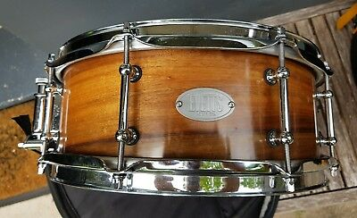Evetts Maple 13x5.5 Snare drum with Protection Racket case