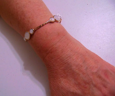 """Style & Co 8"""" Gold Tone Mother of Pearl Tone Stone Bangle Bracelet A454"""