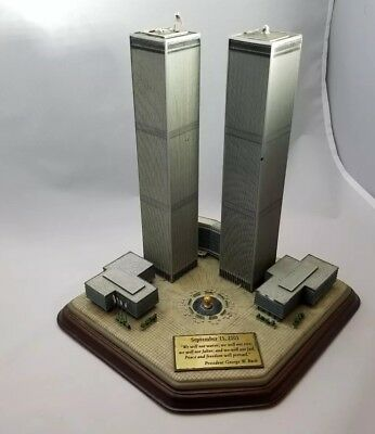Danbury Mint World Trade Center Twin Towers Commemorative WTC NYC 9-11 Memorial