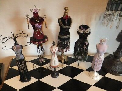6x Jewellery Mannequin Bust Stands. Would suit shop display.