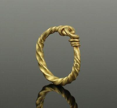 Beautiful 10Th Century Viking Twisted Gold Ring - Highly Wearable!
