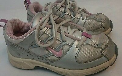 Nike Girls Children's Toddler Gray/Pink/White Sneakers Tennis Shoes Size 9C  (J)
