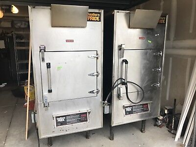 (2) Southern Pride XLR 600 Smokers