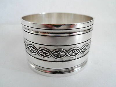 Vintage Silver Plate By Christofle Napkin Ring Attractive Central Band Gleaming