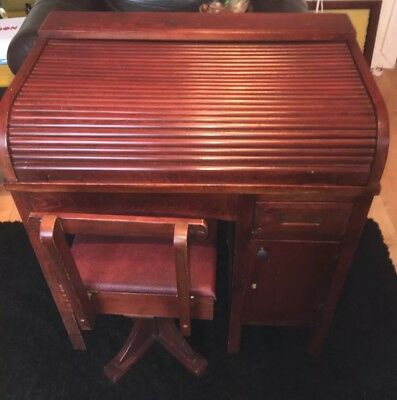 Vintage 1950/s Tambour Roll Top Child's Desk And Chair
