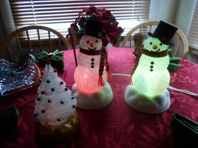 VINTAGE AVON CHILLY SAM SNOWMAN lights up & AVON CHILLY TREE Please Read All